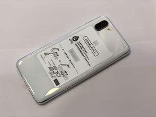 Softbank AQUOS Sharp R2 706sh 白色 64GB ROM 4GB RAM 6吋全螢幕 WQHD+解像度 SDM845 繁中界面対応