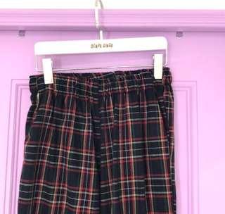 🚚 電波買的格子褲1件 穿過一次