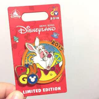 全新 迪士尼 限量版 白兔先生 徽章