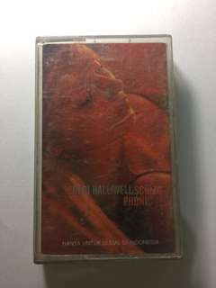 Gery Halliwel Schizophonic (Kaset Lagu)