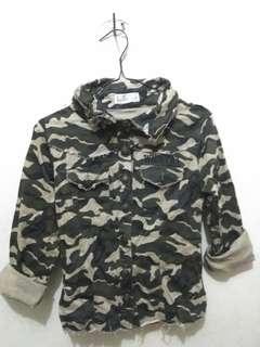 Jaket army wanita