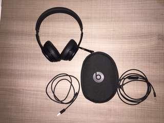 Beats Solo 3 Wireless & Sennheiser Momentum