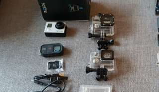 GOPRO Hero 3+ Black, comes with :
