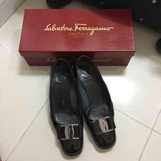 Salvatore Ferragamo 中跟鞋