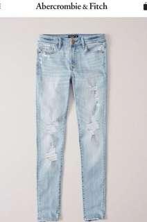 🚚 Abercrombie & Fitch 低腰超級緊身刷白牛仔褲 Low Rise Super Skinny Jeans