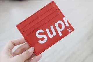 Custom card holder - supr