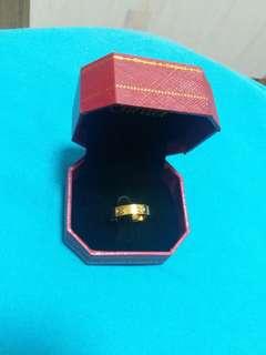 Cartier 黃金色介指