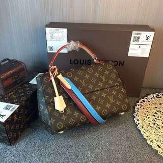 Louis Vuitton Clunny