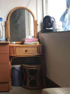 藤製可愛化妝台(含椅子)