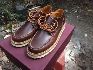 Zevin Cormorant Boots size 41