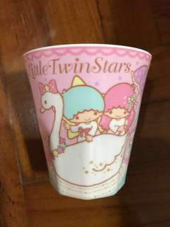 Little twin star cup