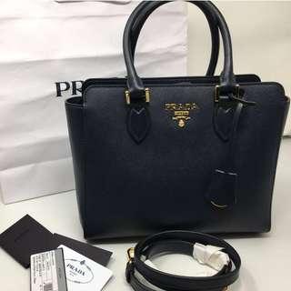 Prada 全新 saffiano leather shoulder bag tote 1BA113