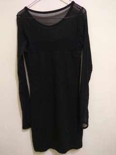 🚚 (近全新) 黑色網紗拼接 性感雪紡透膚 長袖包臀洋裝