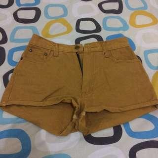 Brown hot pants