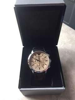 Emporia Armani 皮錶