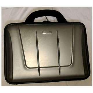 Utility Laptop Case (Silver)