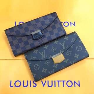 Louis Vuitton Enevelope Style Wallet