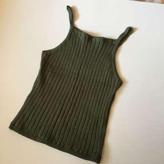 Ribbed green tank