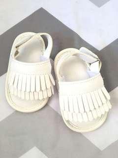 White Sandal / Shoes Fringe Baby
