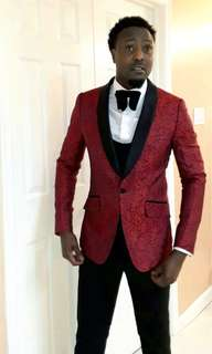 Custom made Fine tuxedo suit for wedding