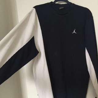Jordan Block Long Sleeved