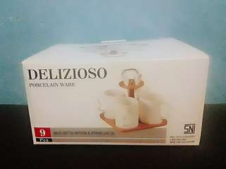 DELIZIOSO mug set with spoon & stand lay