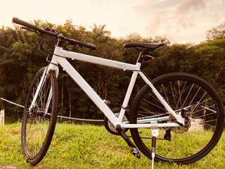 HX.5 Hybrid Aluminum Bike