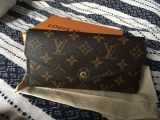 Louis Vuitton ladies purse