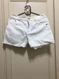 🚚 Lowrys Farm 白色短褲(百貨公司購入)