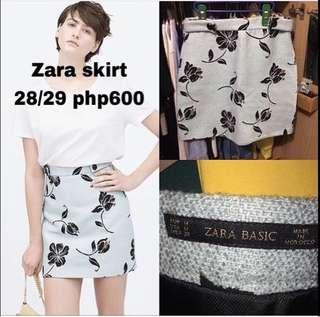 Zara skirt. 28-29 high waist. No flaw. Excellent condition.
