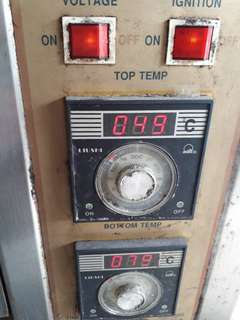 Gas oven 2 tray (used)