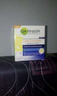 Garnier Sleeping Mask Yoghurt