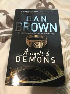 🚚 Dan Brown (Angels and Demons)