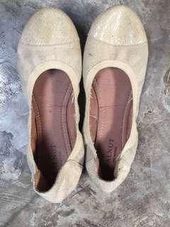 ballet cream shoes
