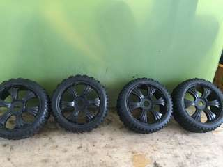Rc buggy brand new 1/8 scale rim and tryes