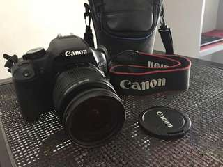 Canon eos 500D with 18-55mm lens,4gb SdCard DSLR BAg
