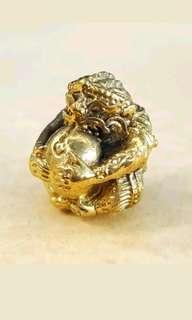 Hanuman Loop Om Thai Amulet