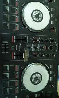 Used Pioneer DDj SB serato first edition used I bought this from australia