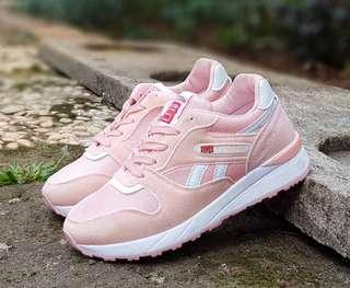 Sepatu Reebok Fashion (Premium)