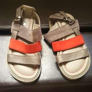 Dior 童鞋
