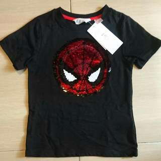 New In Tag H&M Marvel Captain America/ Spiderman reversible sequin Boy Tshirt 3-4