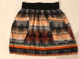 ARITZIA 100% Silk Skirt - size xxs