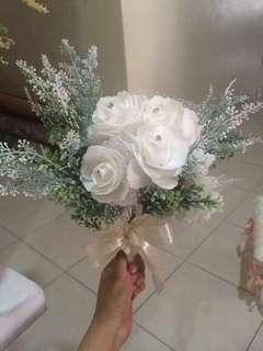 Bunga tangan untuk disewa