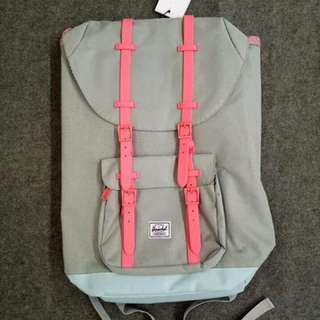 📍FREE SHIPPING 📍Authentic Herschel 25L
