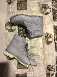 BNIB 6 Inch Ladies Timberland Boots