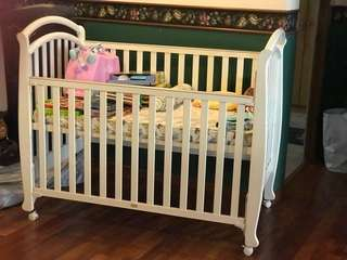 White baby cot (almost new)