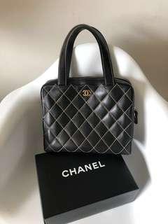 💯真品 Auth Chanel leather CC logo handbag 真皮菱格手袋