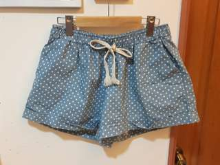 🚚 夏季點點短褲(M~XL)全新