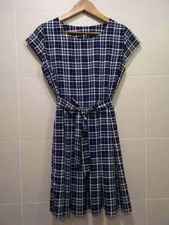 Slim cut checker dress