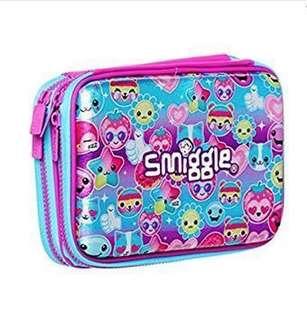 Smiggle double hardtop case